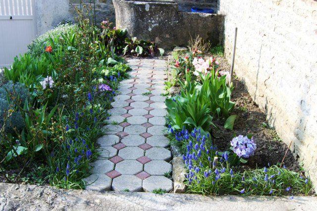 Aménagement allée de jardin et chemin de pierre en 95 idées