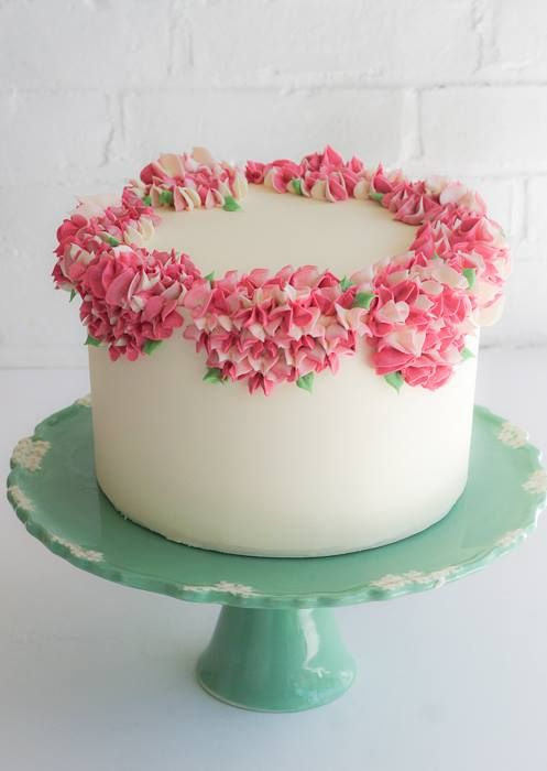 Amazing Buttercream Flowers Around The Top And Love That