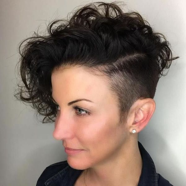 40 Awesome Undercut Hairstyles For Women March 2019 Undercut Hairstyles Curly Hair Styles Womens Hairstyles