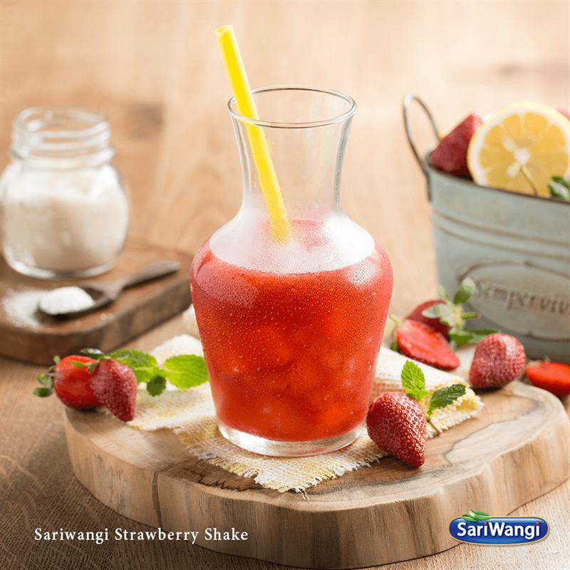 Nikmati Cara Baru Dalam Menikmati Stroberi Melalui Perpaduan Dengan Teh Sariwangi Untuk Menambah Kesegaran Anda Stroberi Minuman Teh