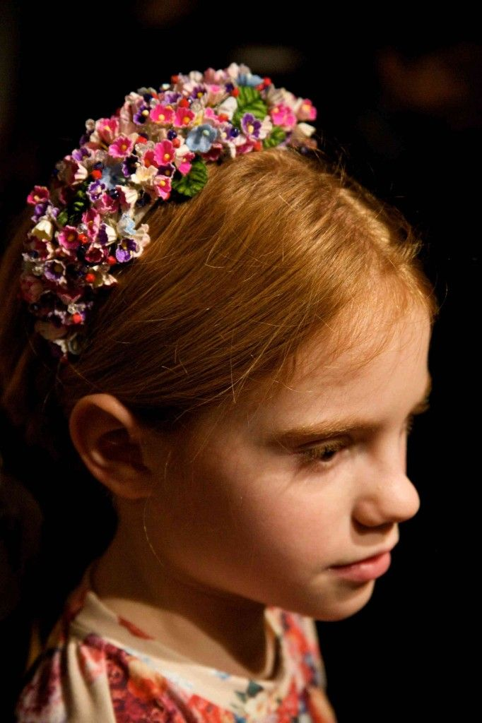Beautiful minutely detailed flower headbands at Quis Quis kids fashion show for fall 2014