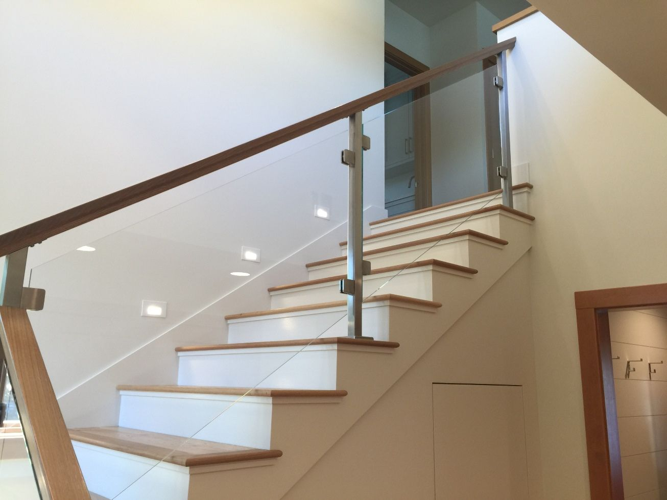 Best Image Result For Glass Railing Staircase Granite Steps 400 x 300