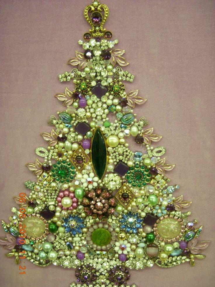 craft ideas with costume jewelry   Costume Jewelry tree