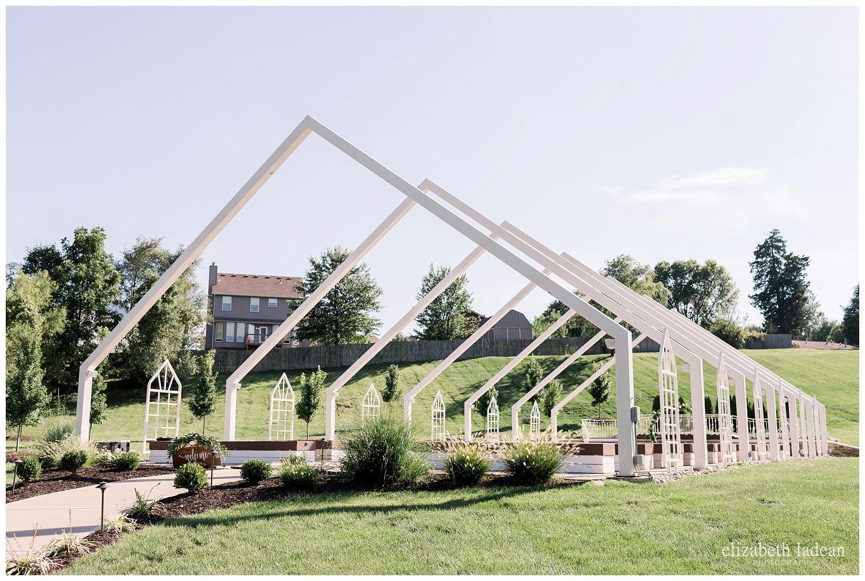 An Open Air Chapel Outdoor Wedding The Pavilion Kc Taiylor