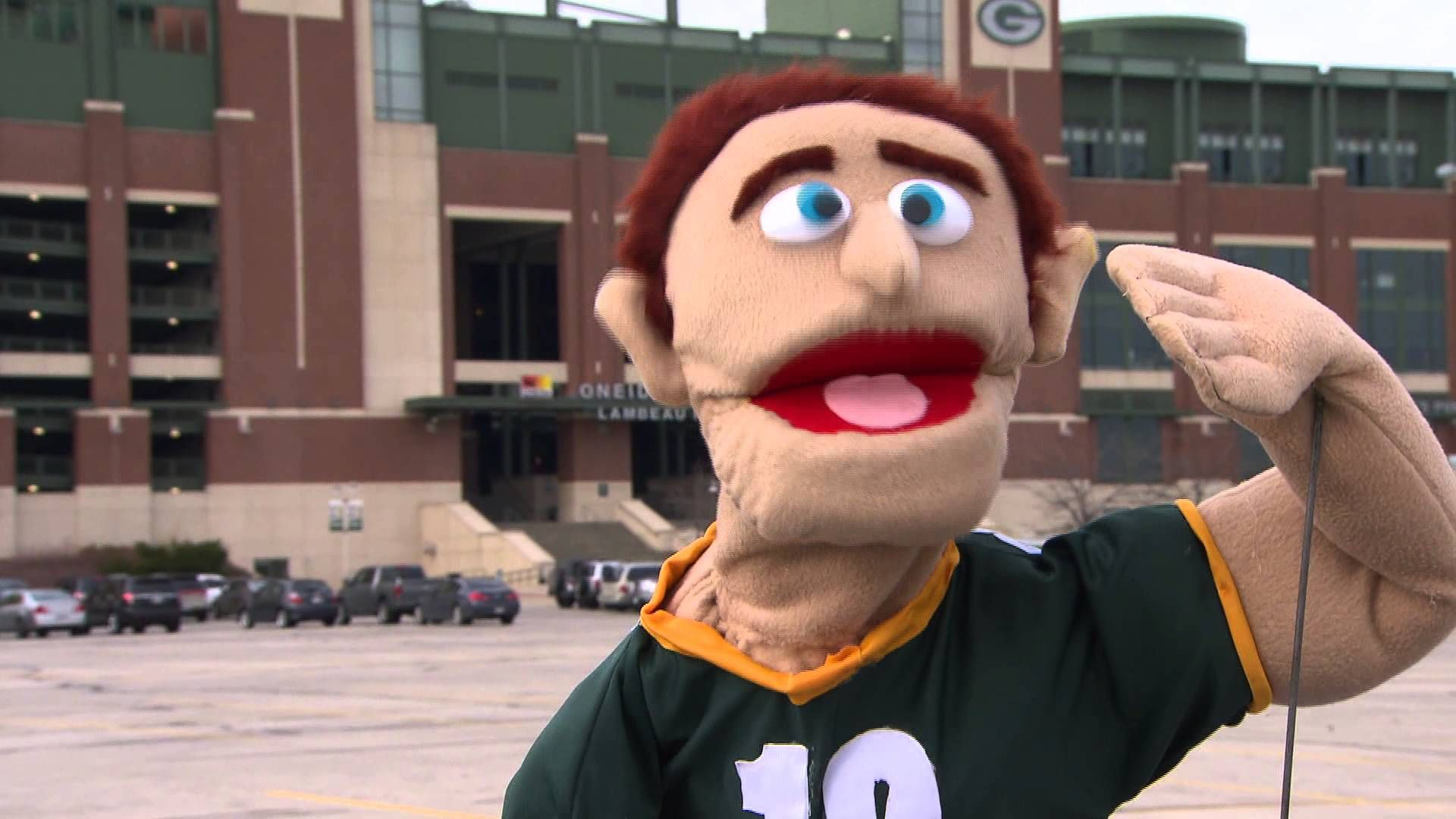 Aaron Rogders Muppet Commercial Aaron Laughs As He S Talking Green Bay Packers Fans Green Bay Packers Muppets