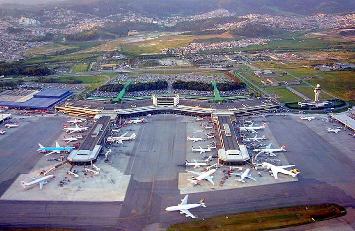 Aeroporto Gru : Aeroporto internacional de são paulo guarulhos u governador andré