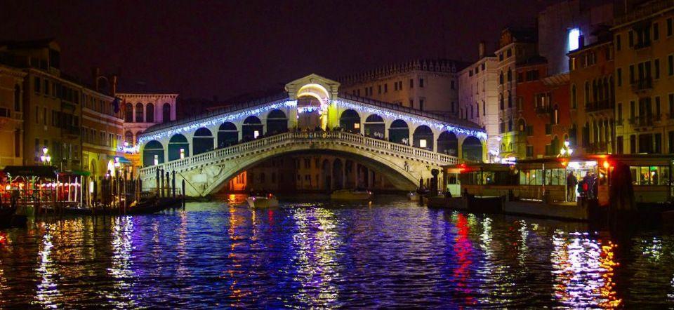 Ponte di Rialto, Venice, Italy (photo Michael Wochinger via VeneziaToday)
