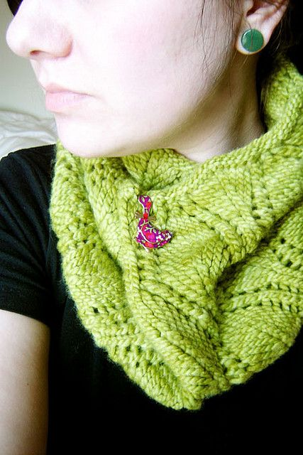 A Noble Cowl by Emily Kausalik. malabrigo worsted yarn, Lettuce ...