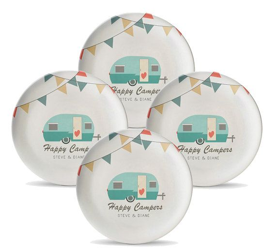 Personalized c&ing themed plates for those who love the great outdoors. This 4 piece melamine  sc 1 st  Pinterest & Set of 4 Personalized Camping Plates Personalized Melamine Travel ...