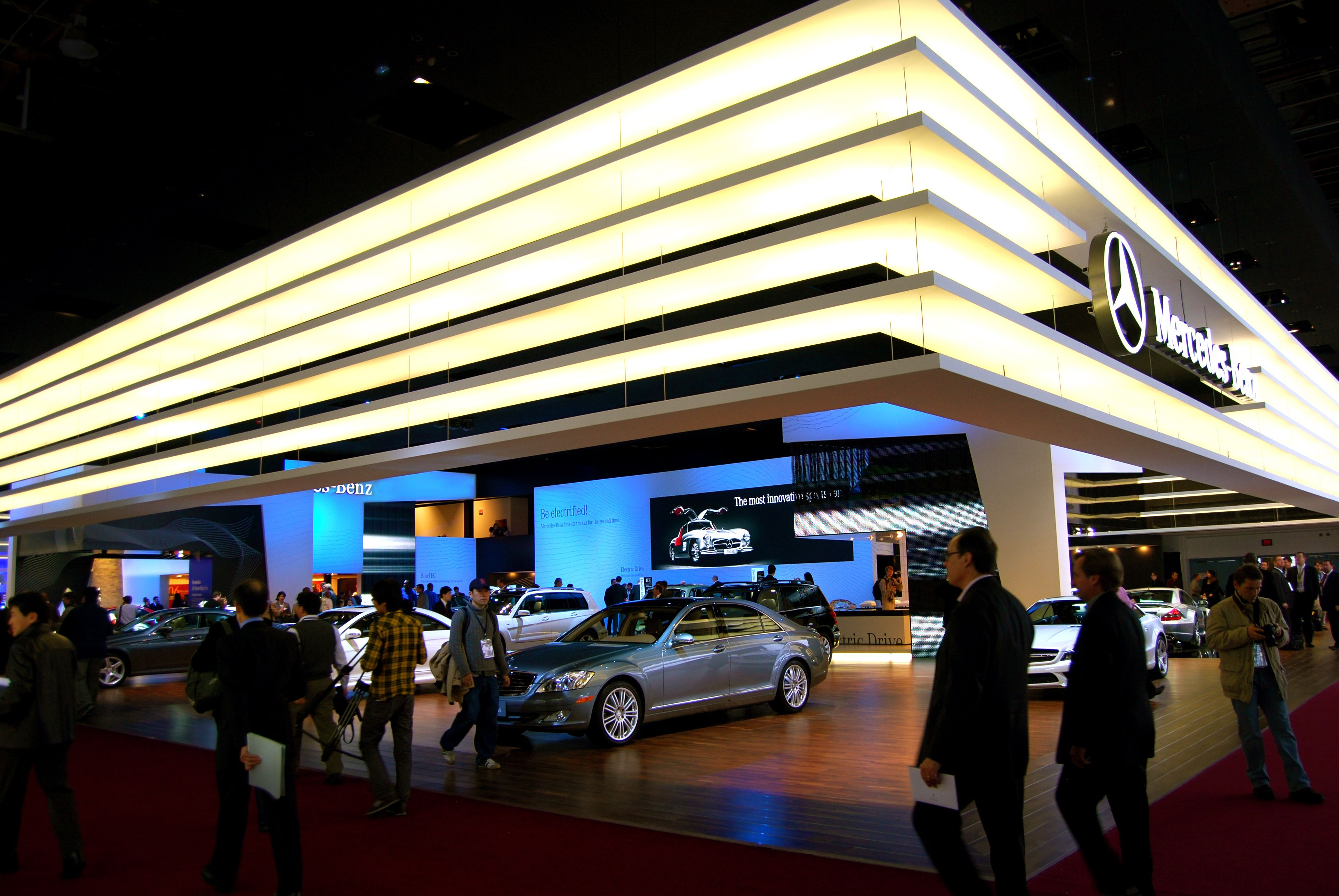 Exhibition Booth Header : Large stand automaker lighted box header trade show