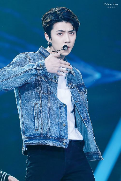 Sehun - 160409 16th Top Chinese Music Awards Credit: Kalmia Boy. (第十六届音乐风云榜年度盛典)