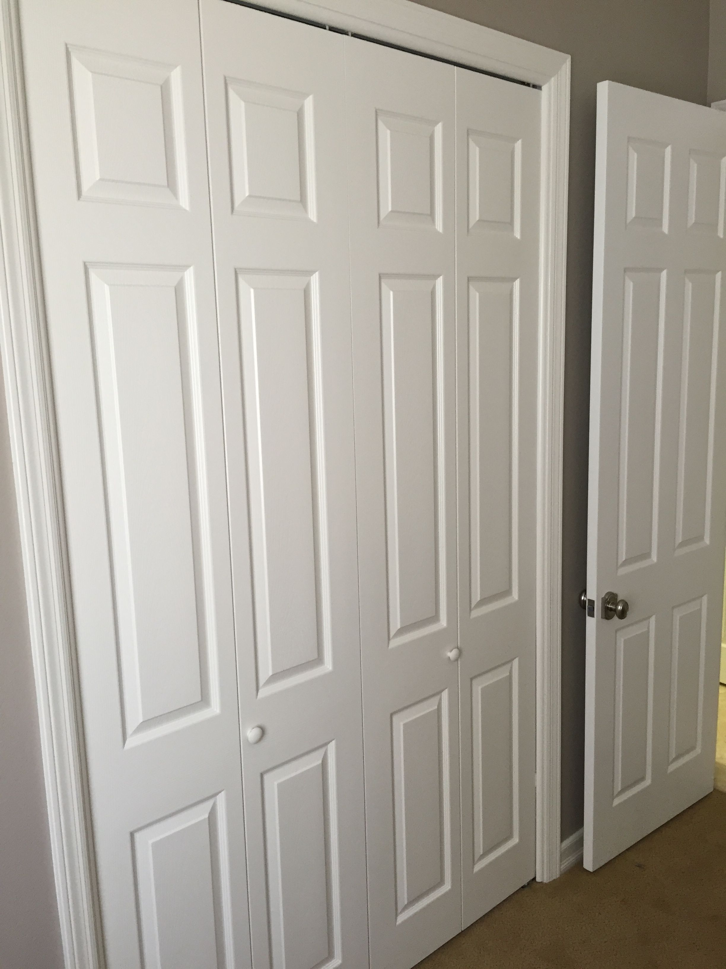4 Panel Bi-Folding Hollow Core Closet Doors. The molded design is called colonist smooth. The doors come installed in a raw white finish that can be primed ... & 4 Panel Bi-Folding Hollow Core Closet Doors. The molded design is ...