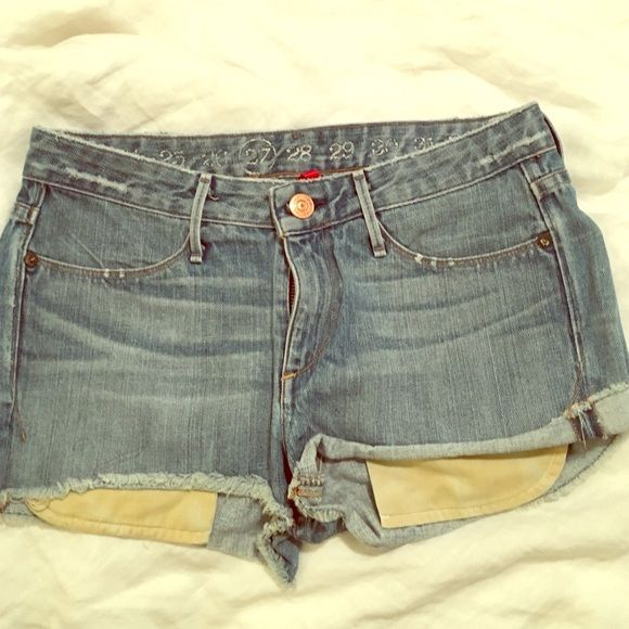 💥SALE💥 Earnest Sewn cutoffs Light wash Earnest Sewn denim cutoffs. Size 27. Great condition. ✨Price firm unless bundled! 🚫TRADES Earnest Sewn Shorts Jean Shorts