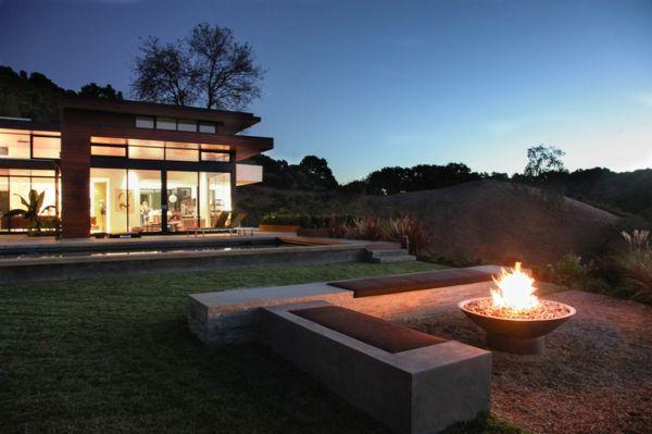 umweltfreundliche gartengestaltung mit feuerstellen feuerstelle pinterest feuerstellen. Black Bedroom Furniture Sets. Home Design Ideas