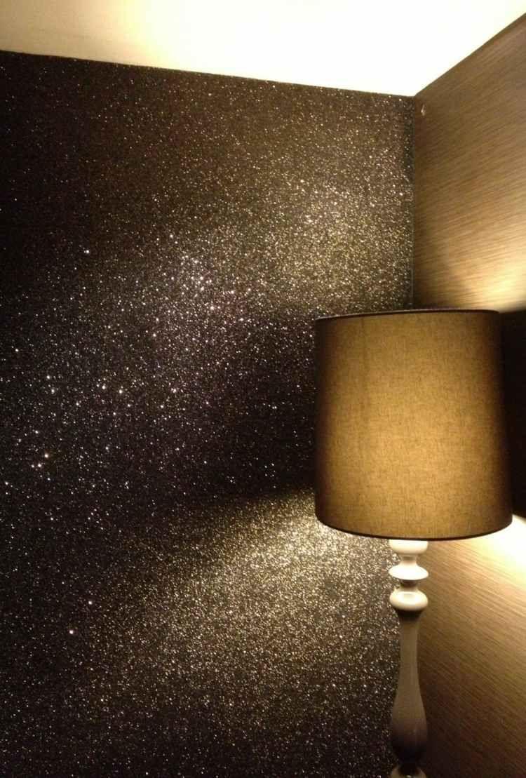 Glitzer Wandfarbe Ideen Fur Einen Hauch Glamour In Ihrer Wohnung In 2020 Glitzerwande Akzentwand Ideen Akzent Wand Schlafzimmer