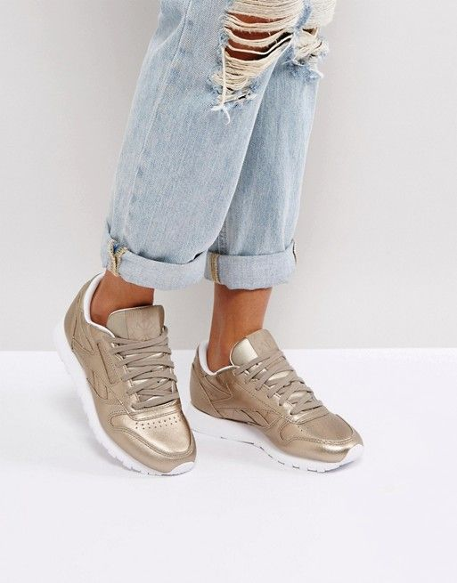 suchen neuartiges Design großer Lagerverkauf Reebok Classic Leather Metallic Trainers In Antique Gold at ...