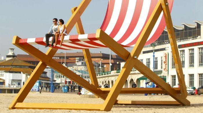 La silla playera más grande del mundo | Ocio | Pinterest | Sillas ...