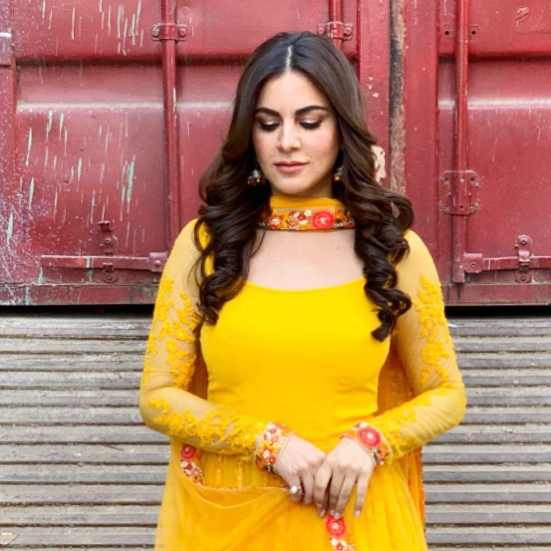 """Shraddha Arya on Instagram """"Dreamy Head Foolish Heart"""