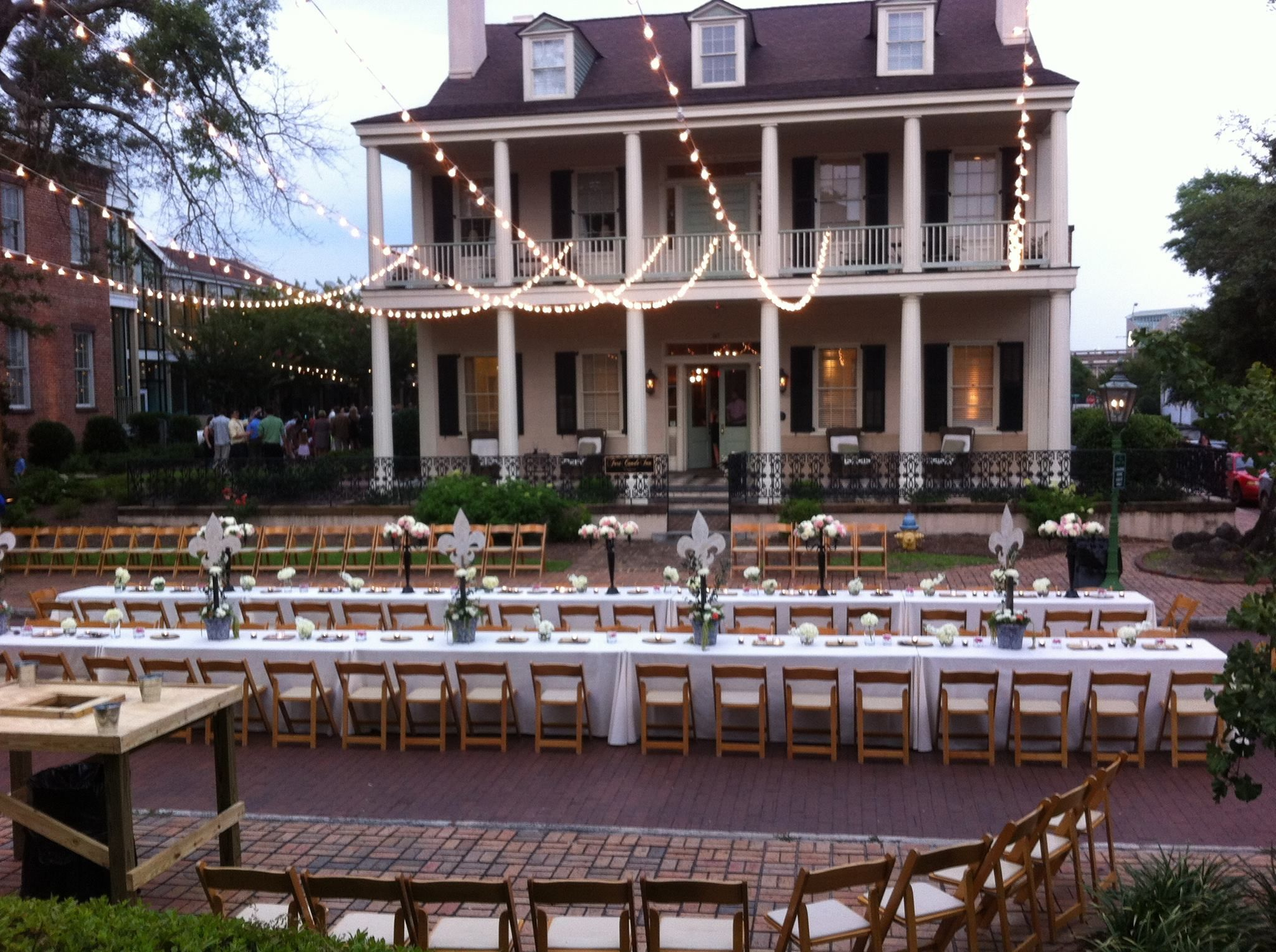 Pin On Fort Conde Inn Southern Wedding Venue