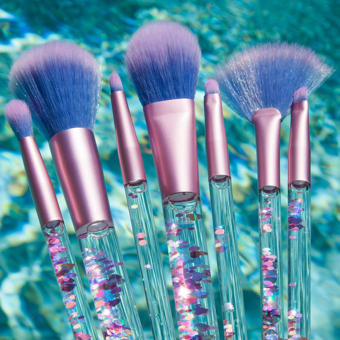 How cute are these brushes from Lime Crime?! Aquarium