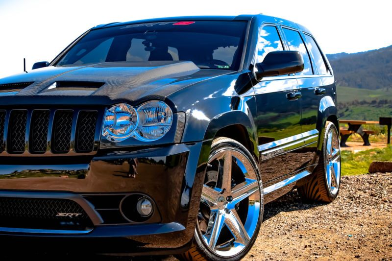 Custom Jeep Srt8 Carbon Fiber All Around Lowered Custom Rims Borla And Much More Jeep Srt8 Srt Jeep Jeep Grand Cherokee