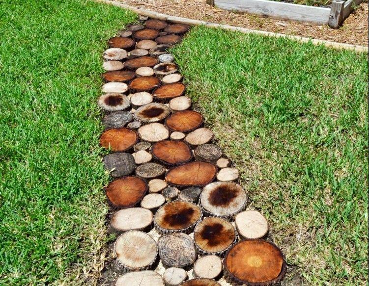Gartenweg Aus Holz Anlegen Mit Einer Einfachen Anleitung   Garten ... Gartenweg Anlegen Tipps Selbermachen