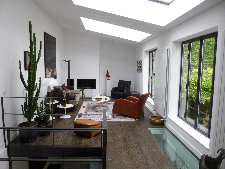 parquet vintage old wood nous vous pr sentons notre derni re r alisation pose d 39 un parquet. Black Bedroom Furniture Sets. Home Design Ideas