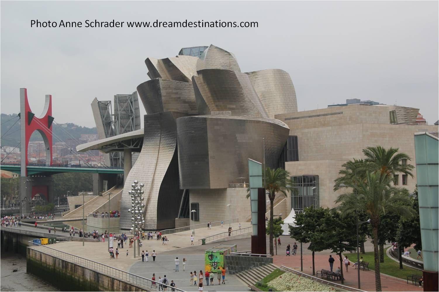Guggenheim Modern Art Museum Bilbao Spain With Images Museum