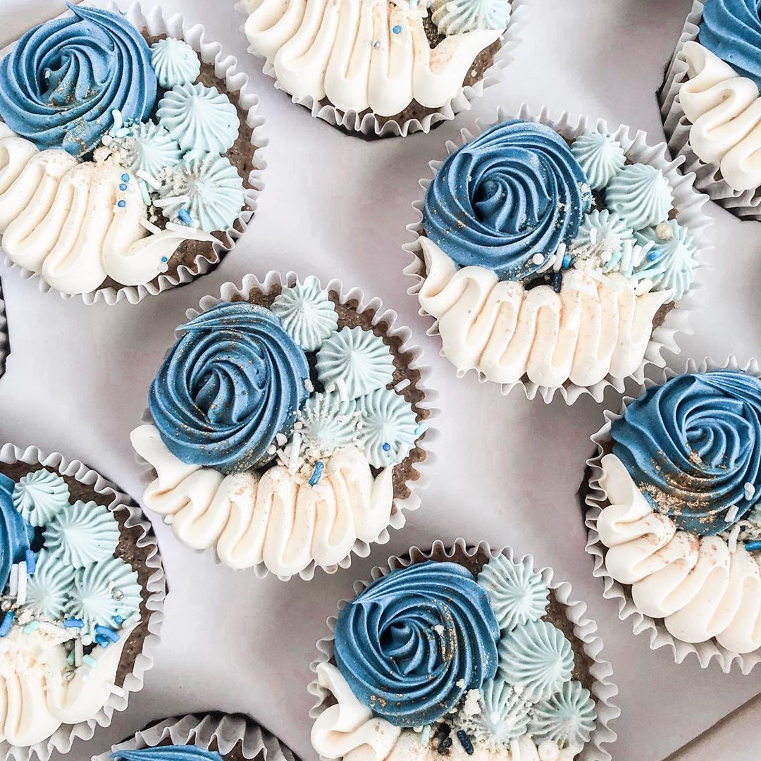 The only blues you'll want to have 🧁💙 •