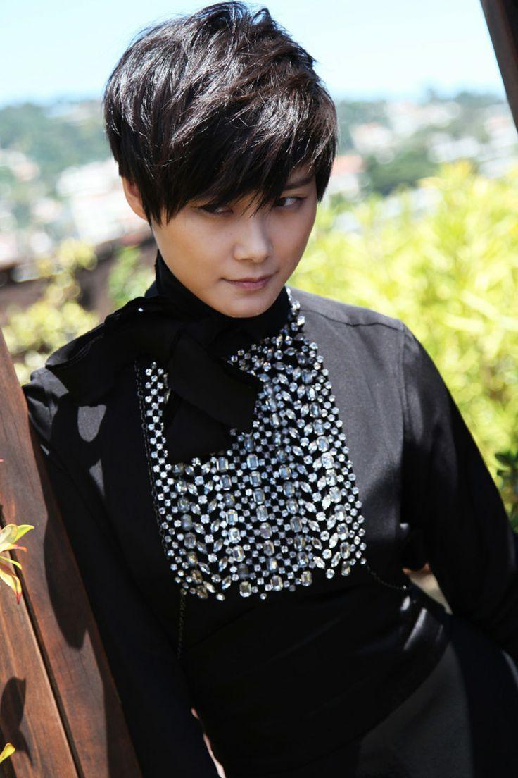 Kanes Li Yuchun Google Paieka Vyvi Hair And Wear Match