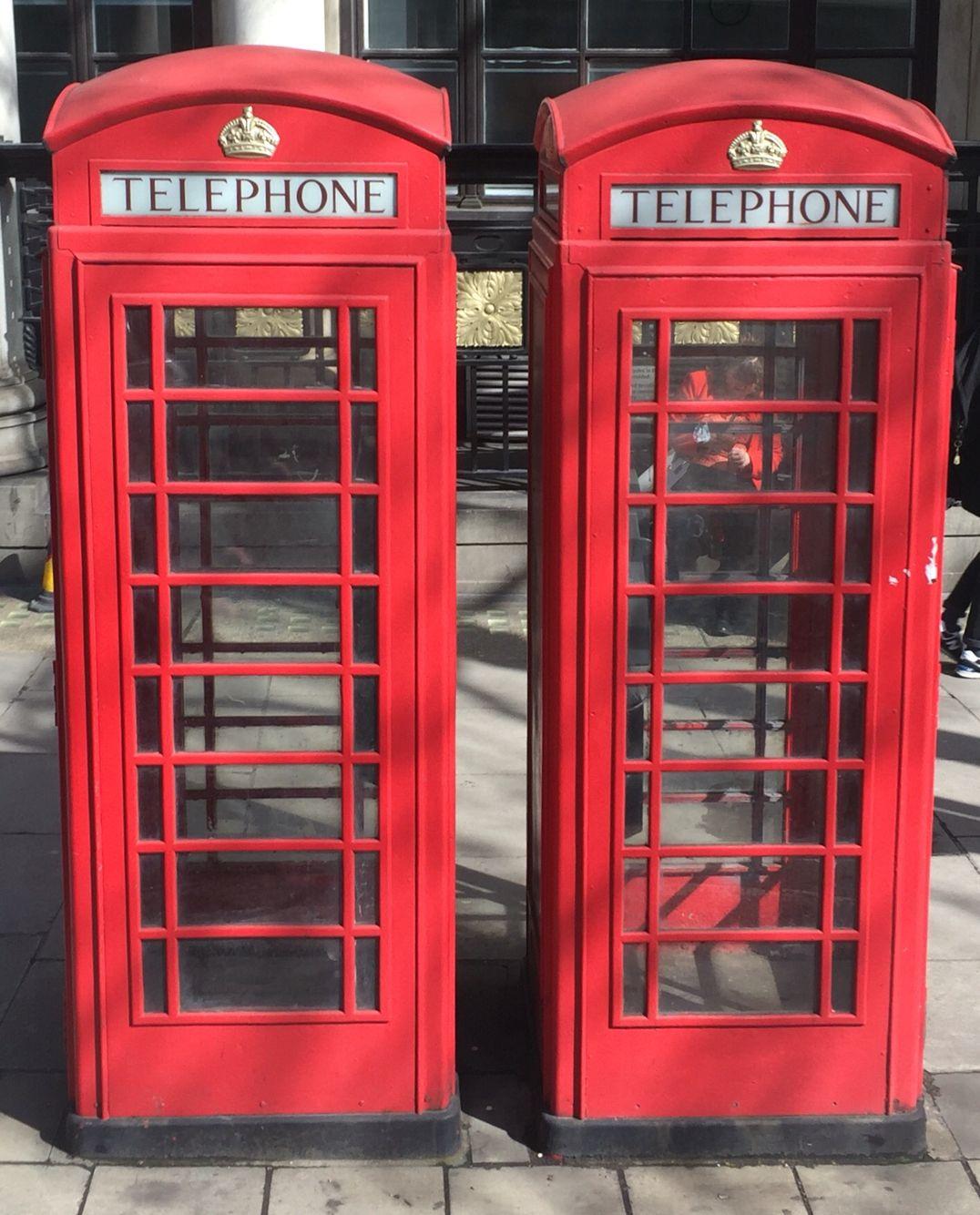 Les cultissimes cabines téléphoniques