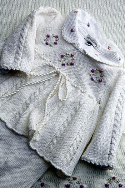 Vestidinho tricô para saída maternidade! | Flickr - Photo Sharing!