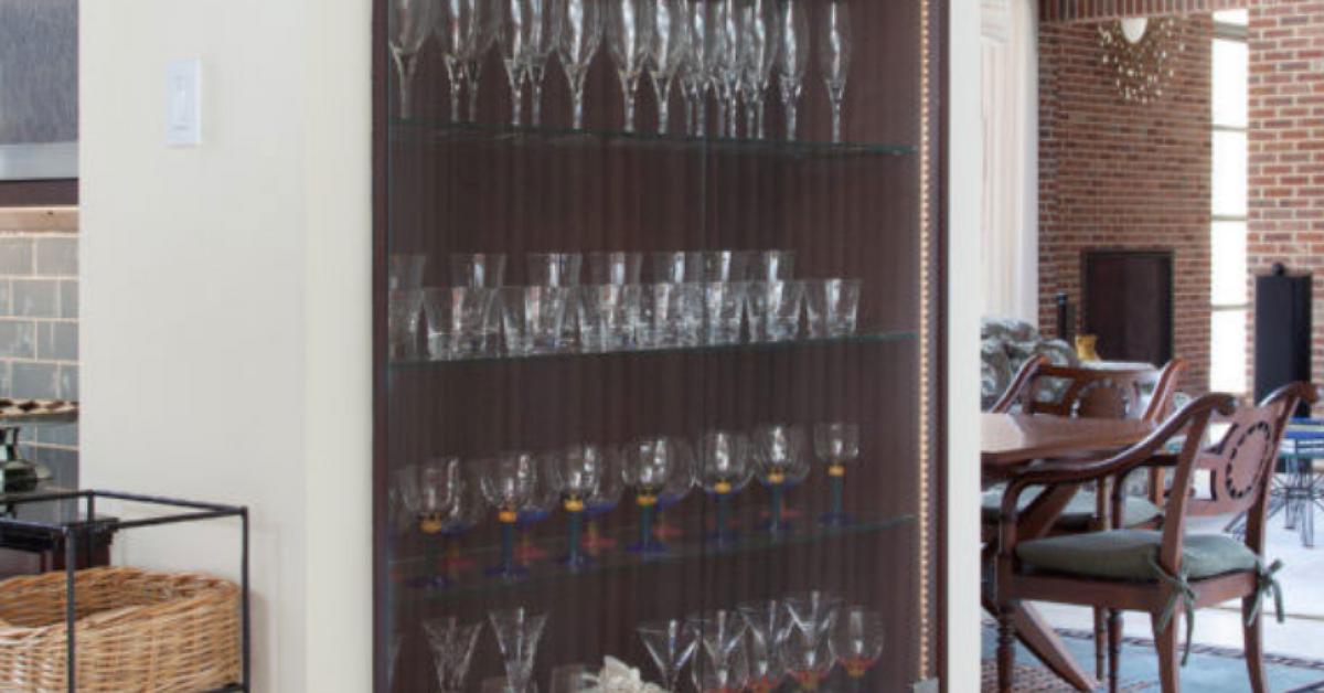 Kitchen Cabinet Doors Orlando Install Glass Kitchen CabiDoors To Display Your Stemware
