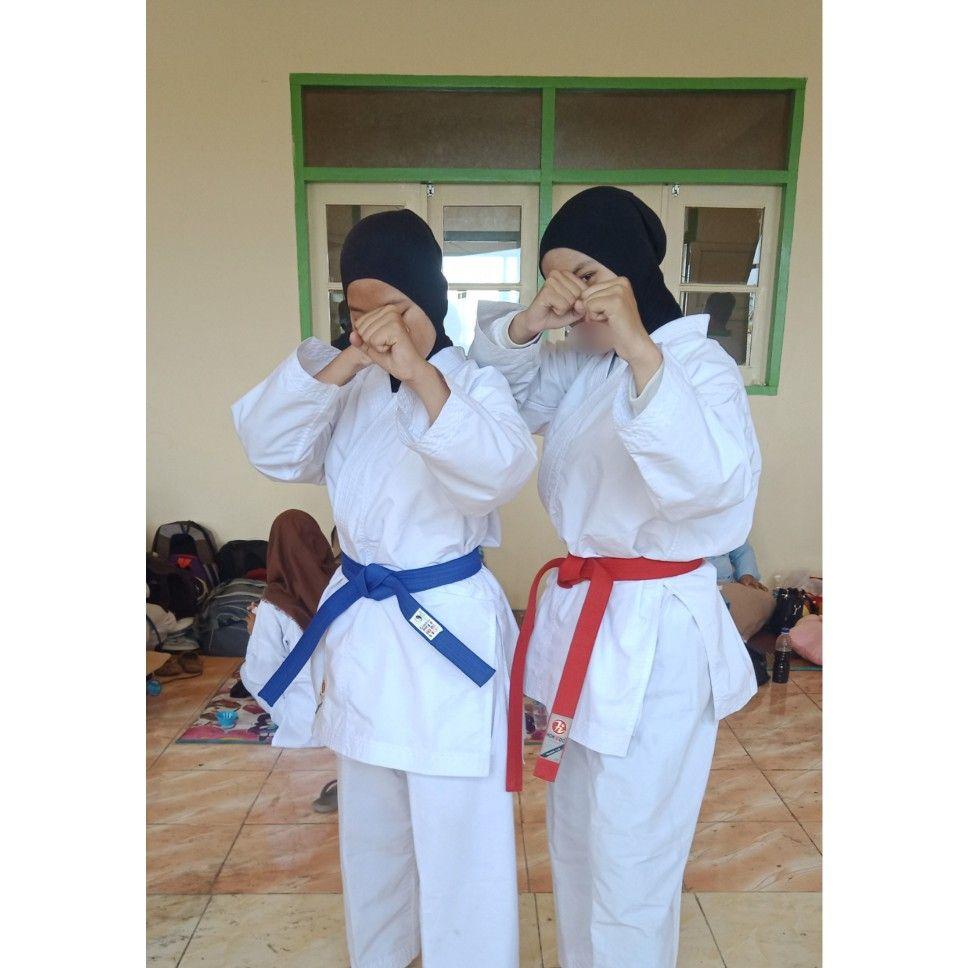 Hijab Karate Girl Potret Diri Wanita