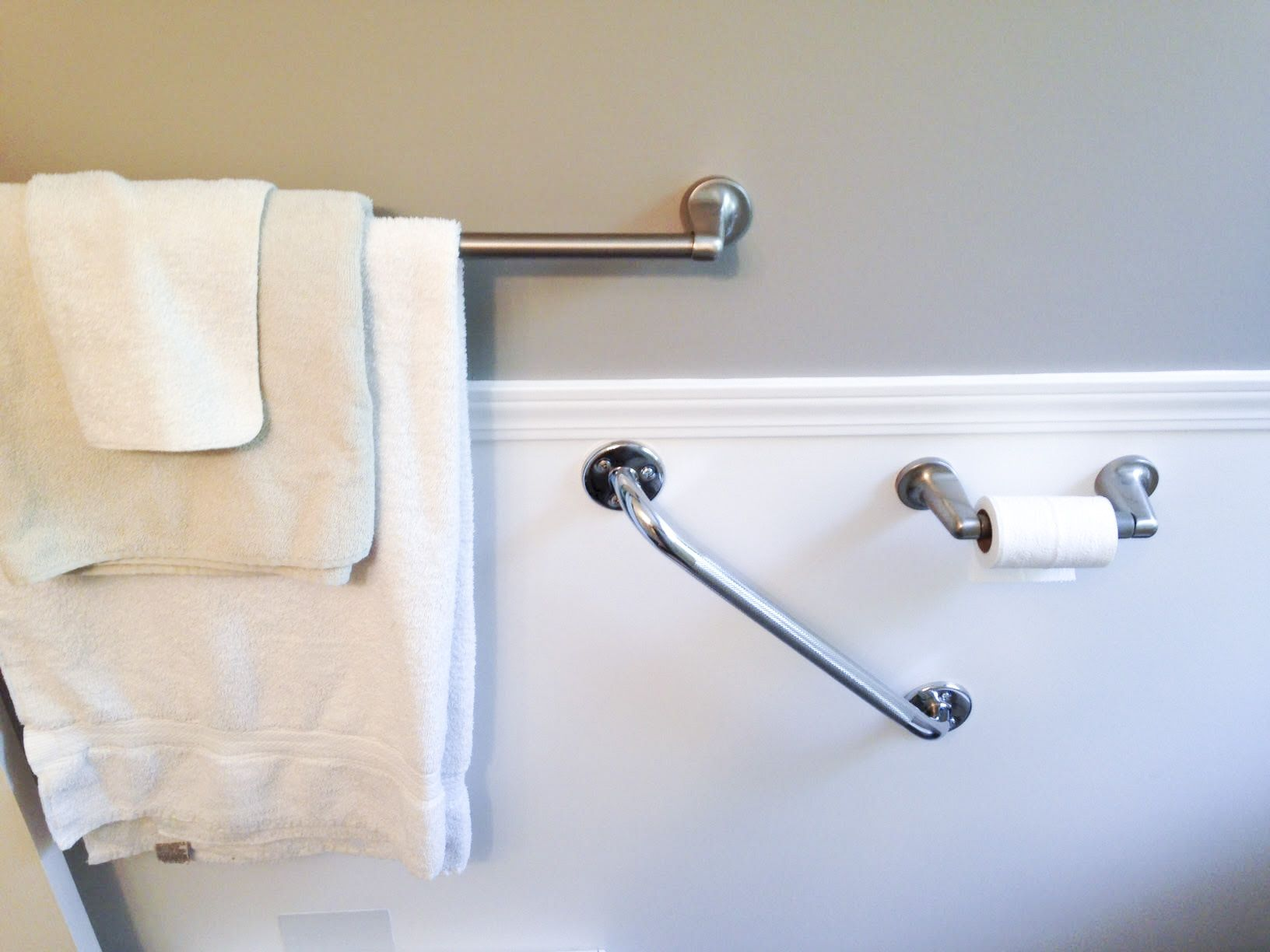 Bathroom grab bars placement | bathroom design 2017-2018 | Pinterest ...