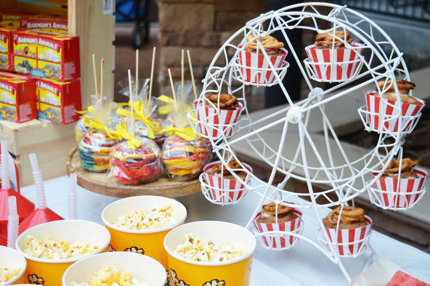 A Fun End Of Summer Carnivalparty Food And Beverage Ideas For