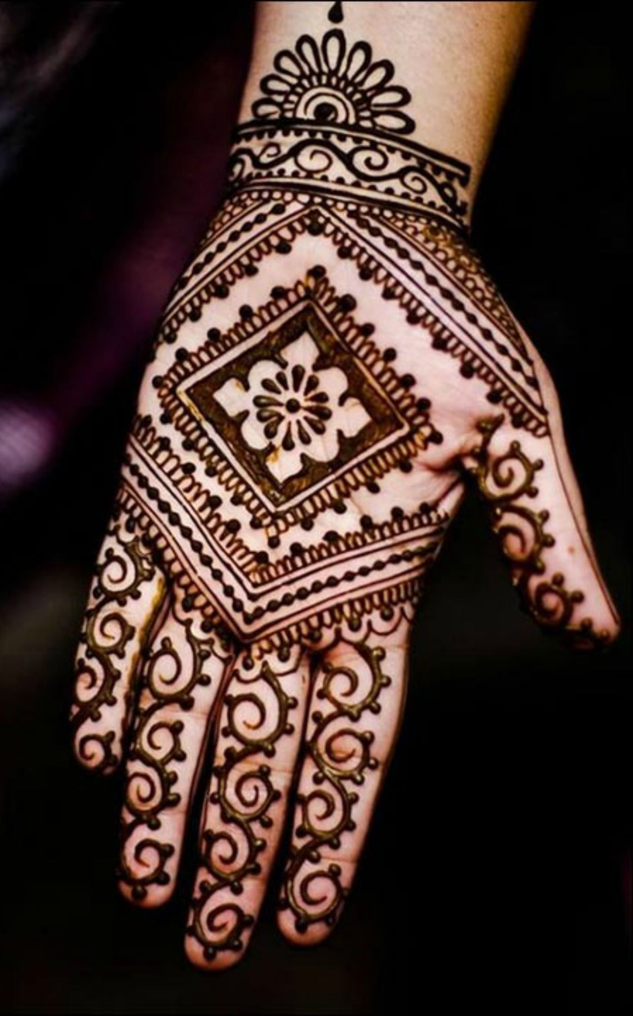 50 intricate henna tattoo designs art and design 50 - Simple Mehndi Designs That Look Fab And Stylish