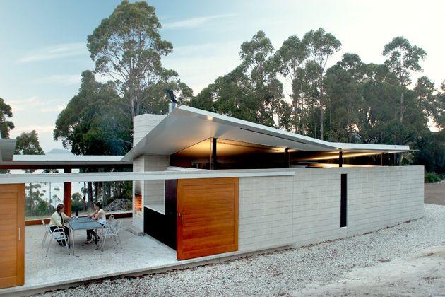 Tasmanian award winning residential design Woodbridge Residence