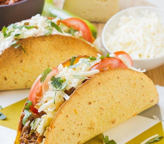 tacos au pulled pork & tomme de savoie (porc effiloché cuit au