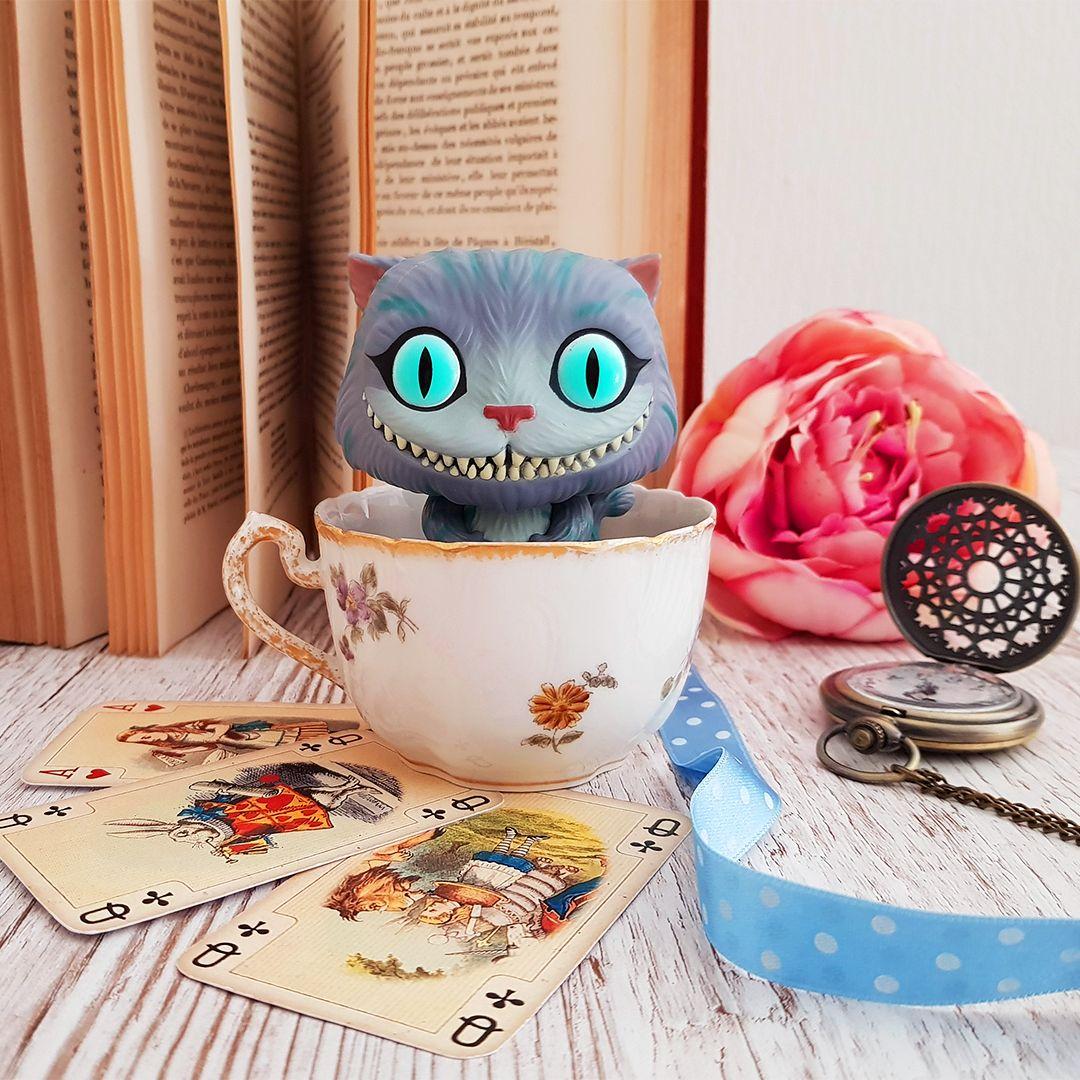 Peluche Chat Alice Au Pays Des Merveilles Cheshire Cat Cats Cheshire Cat Cheshire