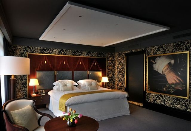 Best Amsterdam Luxury Hotels