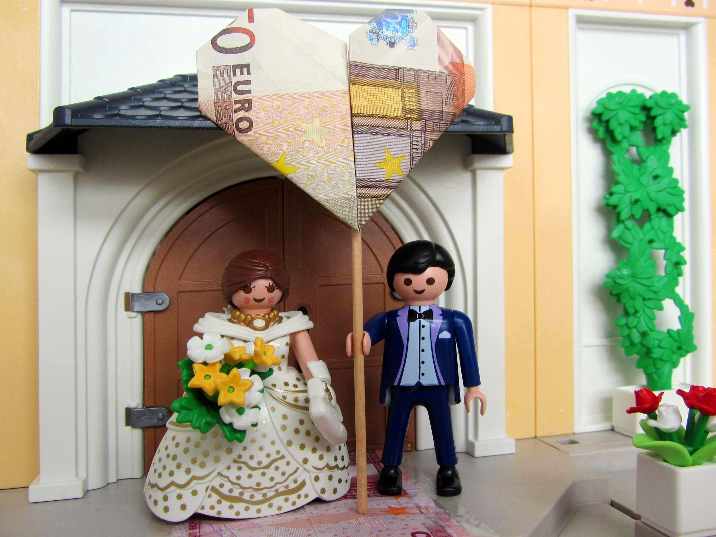 geniales geldgeschenk und spielespa bekommt ihr mit dem playmobil brautpaar gleich im paket gift. Black Bedroom Furniture Sets. Home Design Ideas