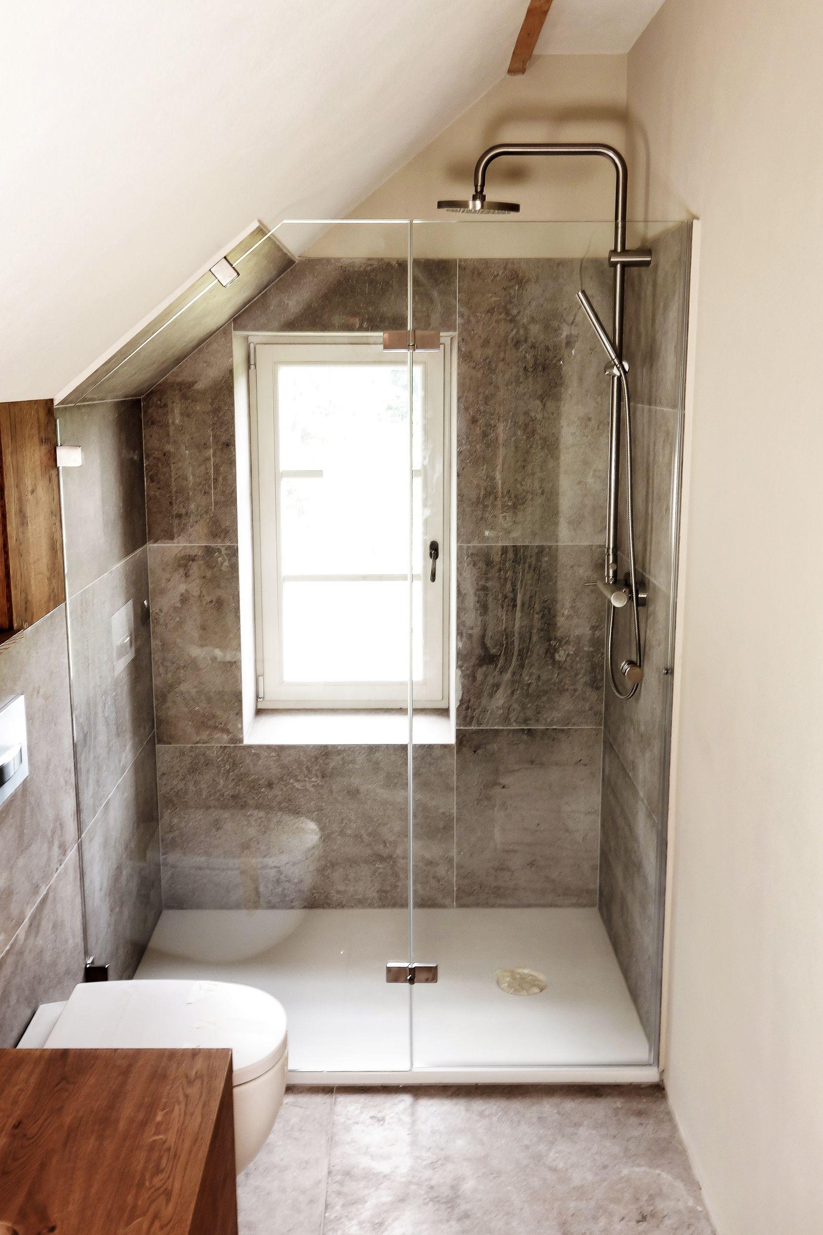 Nischeneinbau Badezimmer Dachschrage Begehbare Dusche Badezimmer Dachgeschoss