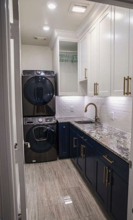 10x10 Laundry Room Layout: Ever Run A Wash And Then Find A Few Random Socks And T