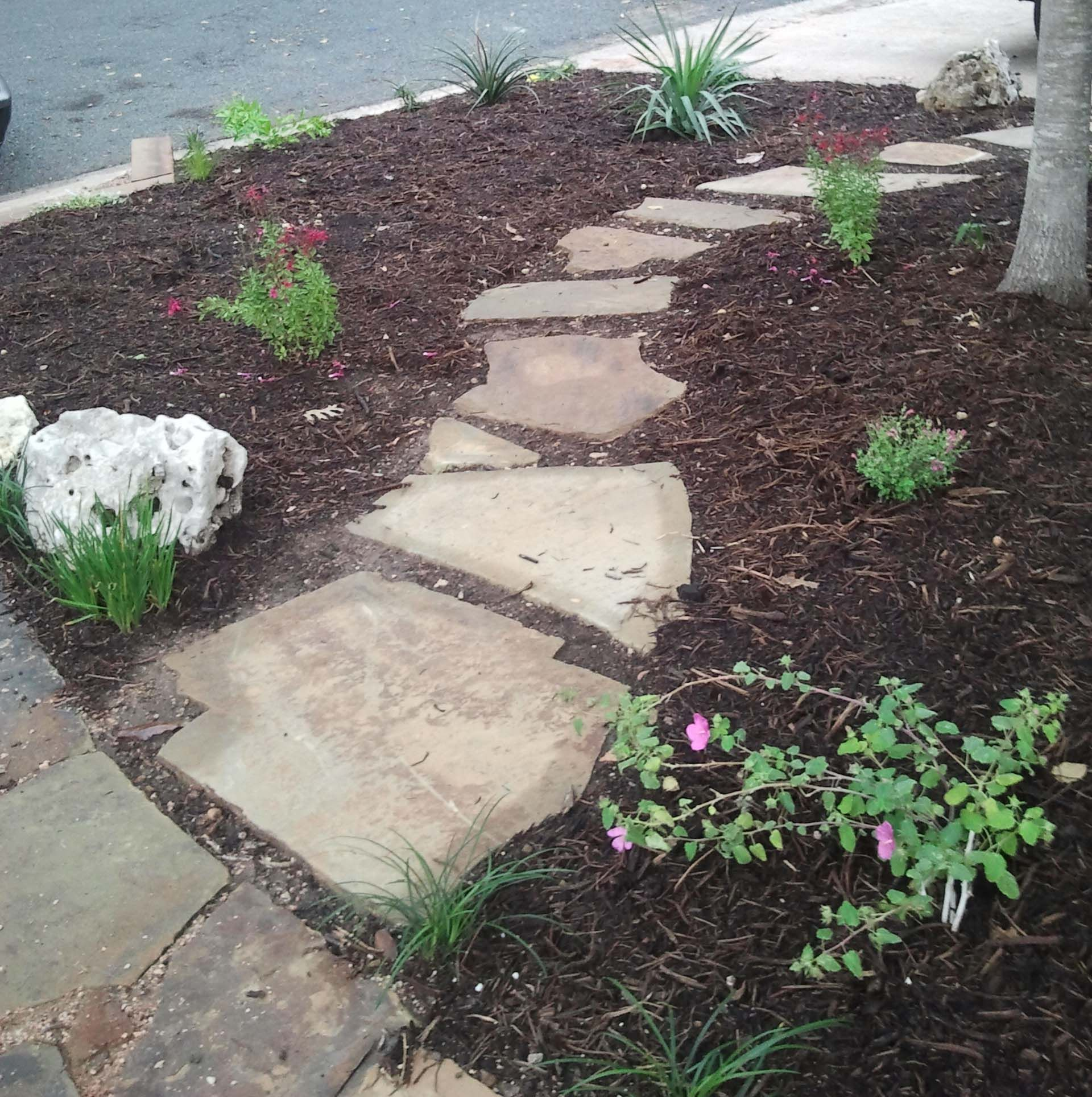 flagstone mulch walkway i want this from the driveway to the
