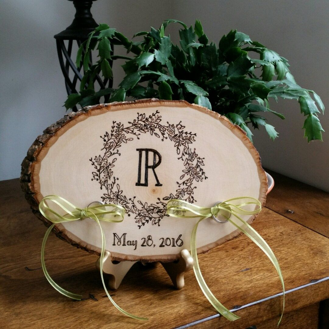 Wedding season in full swing! Loving our latest woodburned ring pillow. A complimentary easel is included with each order for displaying after the wedding. Awesome gift idea, or if you're the bride - treat yoself! Click to see more designs :)