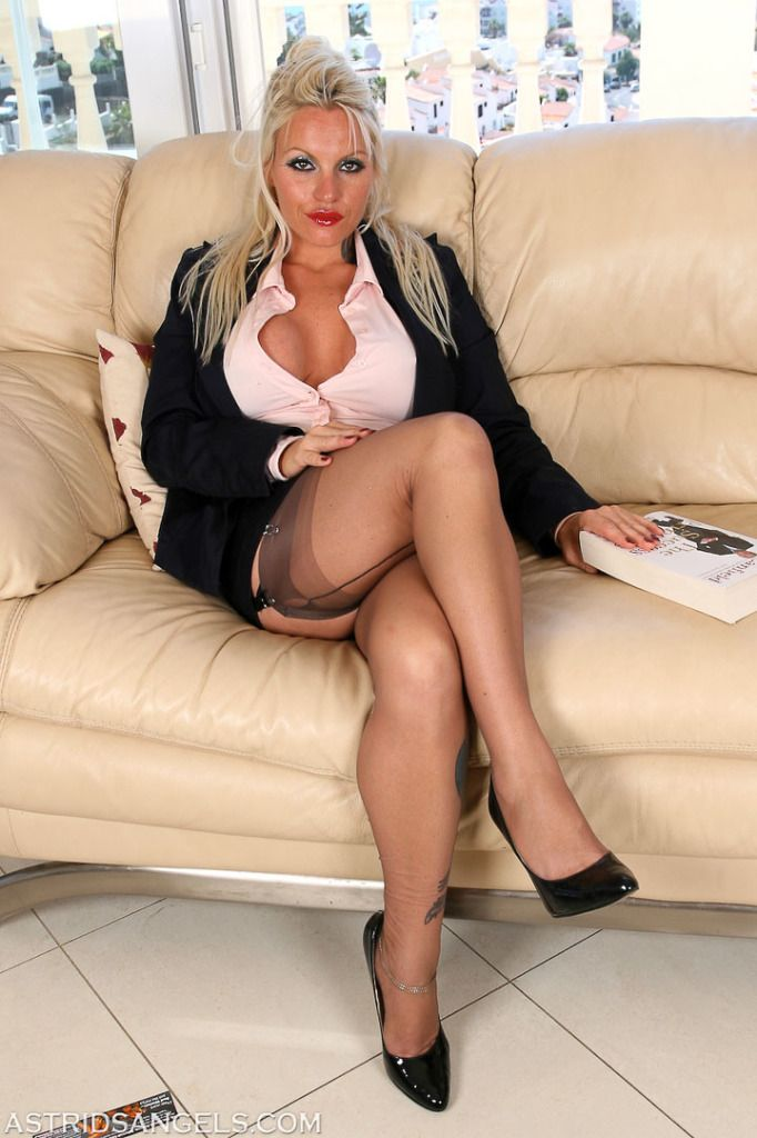 More Busty Blonde Milf Jane