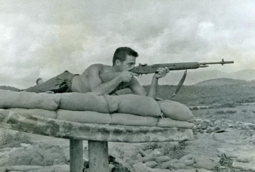 US Marine of Golf Co., 2nd Batt., 7th Marines with M14