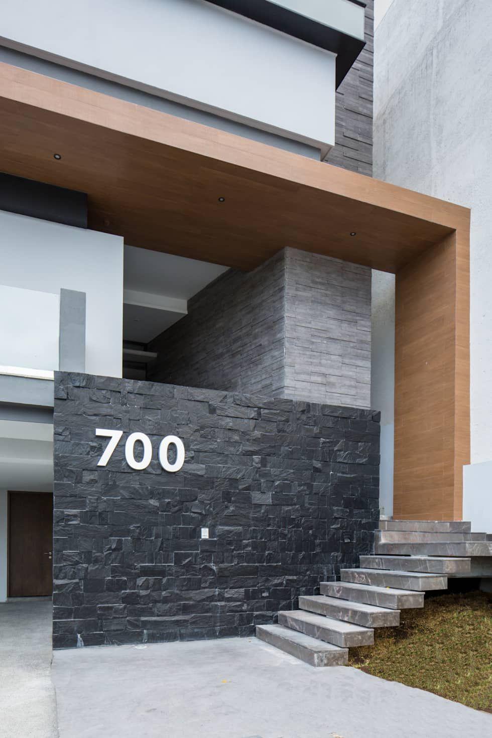 Fachada casas de estilo moderno por urbn battery for Fachadas de casas estilo moderno
