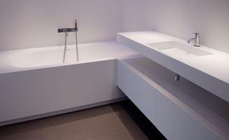 Solid Surface Badkamer : Solidsurface corian wit mat wastafel bad badkamer modern